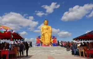 статуя Будды Майтрея
